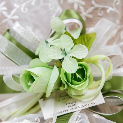 Centrino Ricamato con Fiore Verde Orchidea