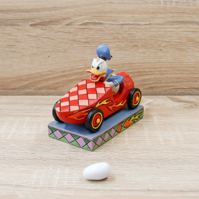 Paperino in Auto Disney Traditions