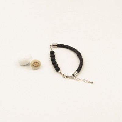 Bracciale Nero con Perle Nere